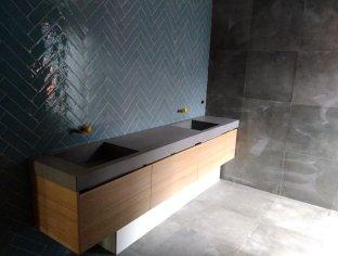 Bathroom Tiles and Sinks