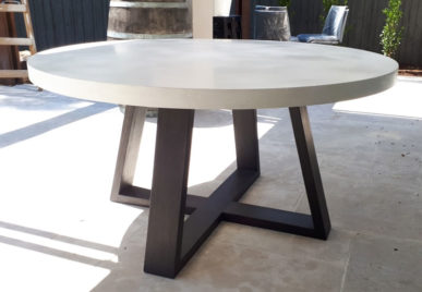 1500 Concrete table